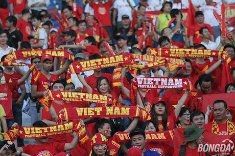 Fan nu Viet Nam tuoi tan 'dot lua' khan dai Thuwanna - Myanmar - Anh 13