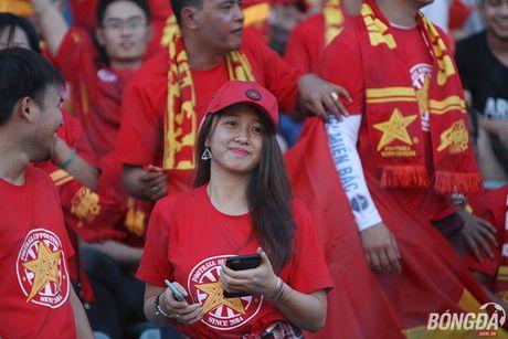 Fan nu Viet Nam tuoi tan 'dot lua' khan dai Thuwanna - Myanmar - Anh 2
