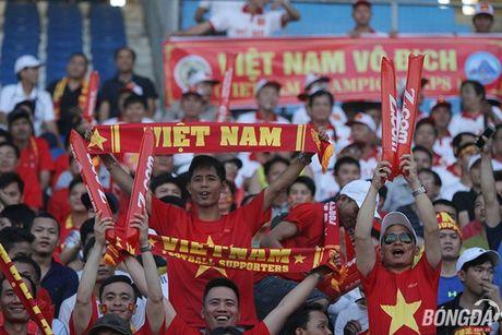 Fan nu Viet Nam tuoi tan 'dot lua' khan dai Thuwanna - Myanmar - Anh 4