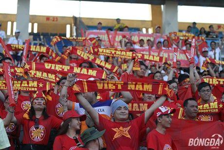 Fan nu Viet Nam tuoi tan 'dot lua' khan dai Thuwanna - Myanmar - Anh 7