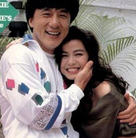 Diem mat kieu nu Thanh Long tung chup anh than mat - Anh 3