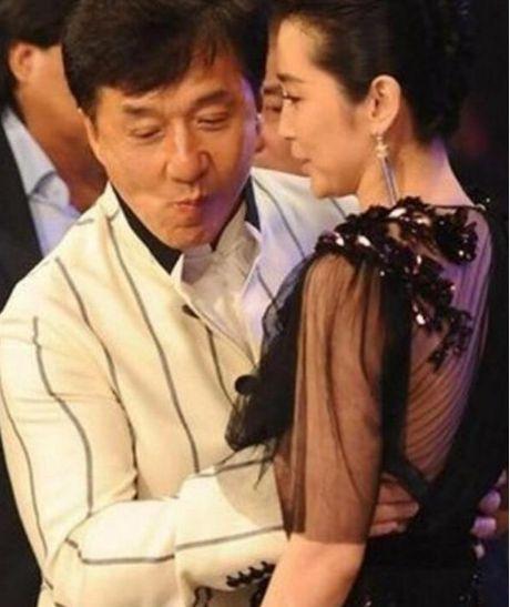 Diem mat kieu nu Thanh Long tung chup anh than mat - Anh 9