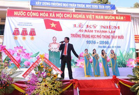 Thay tro vung dat Sen hong 40 nam hoi ngo - Anh 1