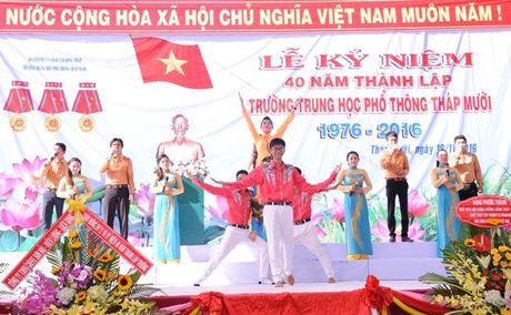 Thay tro vung dat Sen hong 40 nam hoi ngo - Anh 2