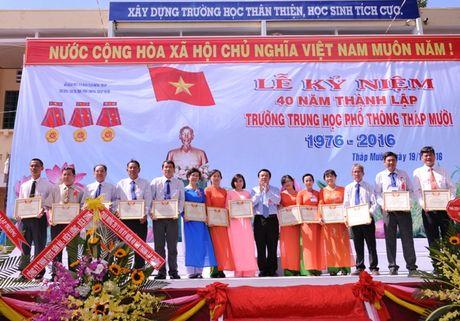 Thay tro vung dat Sen hong 40 nam hoi ngo - Anh 3