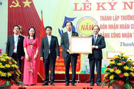 Phu Tho: Truong THPT Thanh Thuy don nhan Huan chuong Lao dong hang Nhat - Anh 3
