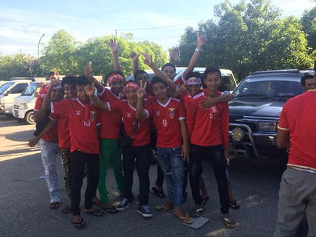 Doi tuyen Viet Nam chinh phuc AFF Suzuki Cup 2016 - Anh 8