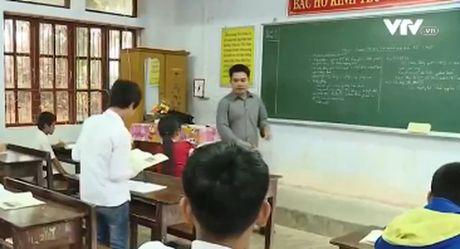 """Chuyen giao vien """"cam ban"""" o vung cao Quang Binh - Anh 1"""