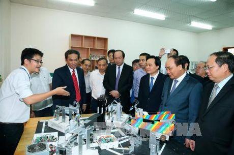 Dai hoc quoc gia Thanh pho Ho Chi Minh phai lot vao top dau chau A - Anh 1