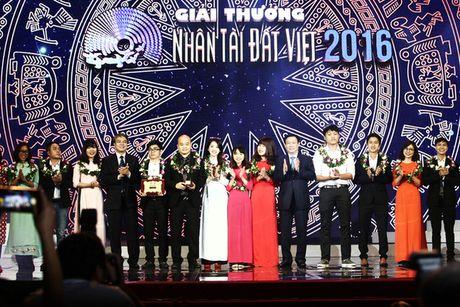 Vinh danh hai quan quan linh vuc CNTT tai Nhan tai Dat Viet 2016 - Anh 2