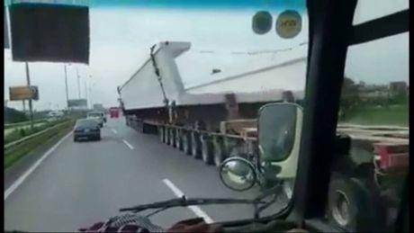 Sieu xe 'quai vat' 174 banh lai xuat hien tai Hai Phong - Anh 4