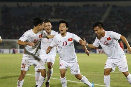 DT Viet Nam: Van Quyet mo hang, fan ngap tran vui suong - Anh 4