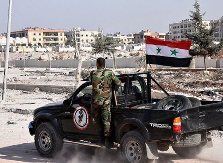 Quan doi Syria chuan bi quet sach khung bo o dong Aleppo - Anh 1