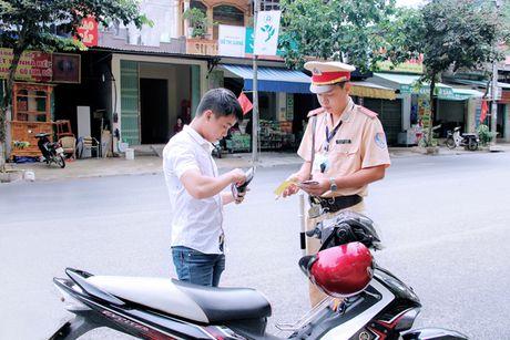 """Diem nong tuan 3/11: """"Nong"""" voi xe chinh chu va trieu hoi xe - Anh 1"""