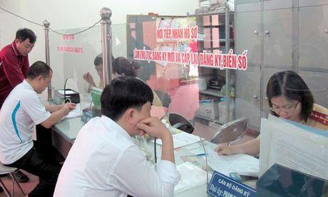 """Diem nong tuan 3/11: """"Nong"""" voi xe chinh chu va trieu hoi xe - Anh 3"""