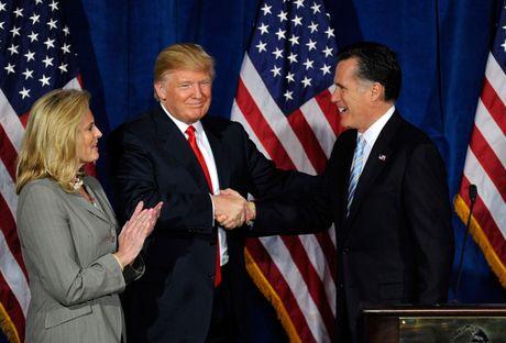 Donald Trump va Mitt Romney ban ky tinh hinh the gioi - Anh 2
