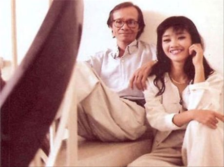 Tinh yeu thay tro trong showbiz Viet: Khac cot ghi tam du hanh phuc hay dang do - Anh 1