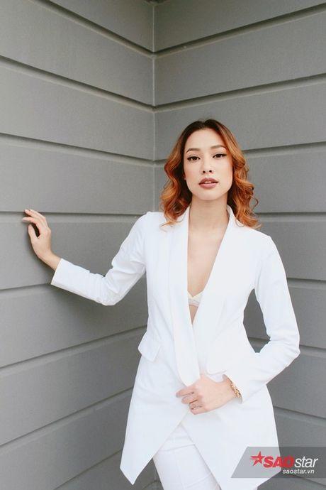 Lilly Nguyen 'me trai', Mai Ngo mot minh doi dau ca lop thuo hoc tro - Anh 4