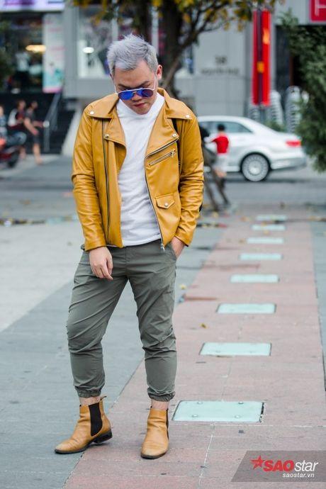 Mac lum xum, Xuan Lan cung dan tro cung van tu tin khoe street style tren pho Sai Gon - Anh 9