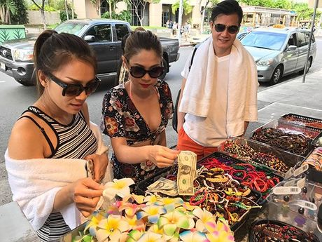 Thanh Thao e ap ben 'nguoi tinh' Quang Dung o Hawaii - Anh 9