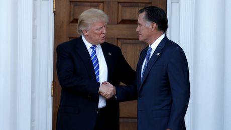 Tim kiem ngoai truong moi, ong Trump gap Mitt Romney - Anh 1