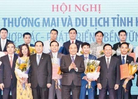 Thu tuong Nguyen Xuan Phuc du hoi nghi xuc tien dau tu tinh Hoa Binh - Anh 1