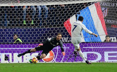 Ha Atletico, Ronaldo trinh lang kieu an mung moi - Anh 7