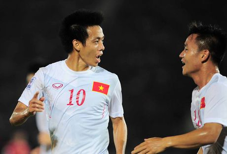 Ha Myanmar 2-1, tuyen Viet Nam khoi dau thuan loi - Anh 22