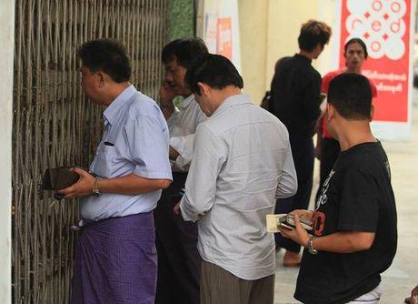CDV Viet Nam khon kho vi ve xem AFF Cup - Anh 2