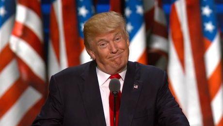 Donald Trump dung may bay khong nguoi lai diet IS trong 30 ngay? - Anh 1