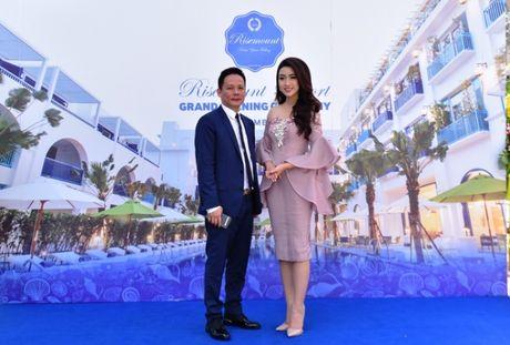 Hoa hau Viet Nam khoe sac tai Resort 'Dia Trung Hai' Da Nang - Anh 4