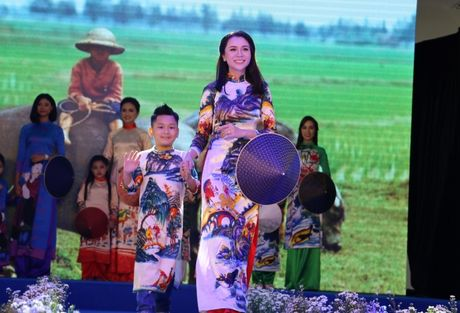 Hoa hau Viet Nam khoe sac tai Resort 'Dia Trung Hai' Da Nang - Anh 8