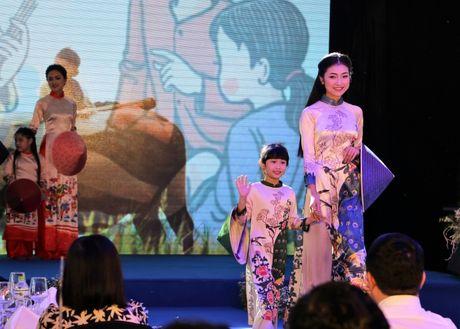 Hoa hau Viet Nam khoe sac tai Resort 'Dia Trung Hai' Da Nang - Anh 9