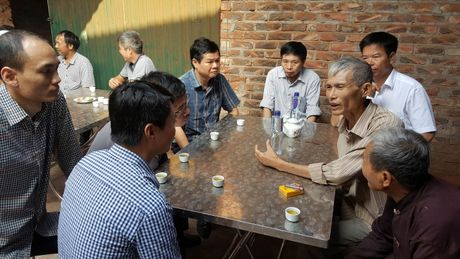 Tham hoi nan nhan trong vu TNGT cao toc Noi Bai - Thai Nguyen - Anh 1