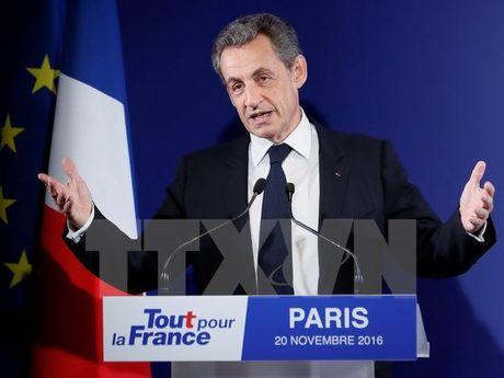 Cuu Tong thong Phap Sarkozy tuyen bo tu bo su nghiep chinh tri - Anh 1