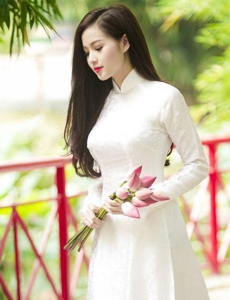 Ngan ngo ngam giai nhan Viet tha dang voi ta ao trang - Anh 16