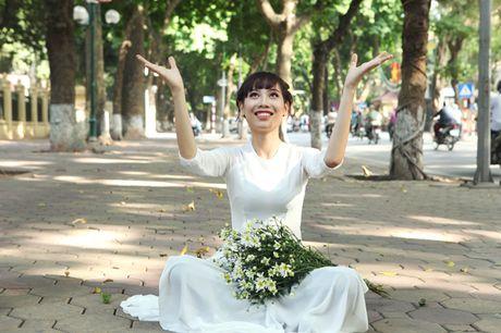 Chum anh: Cuc hoa mi diu dang xuong pho - Anh 14