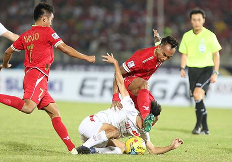 DT Viet Nam 'tra gia dat' cho chien thang truoc Myanmar? - Anh 2