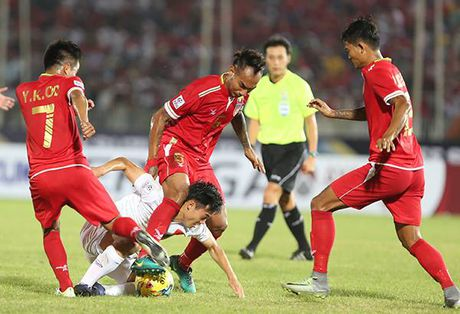 DT Viet Nam 'tra gia dat' cho chien thang truoc Myanmar? - Anh 3