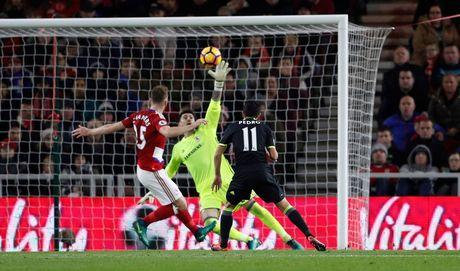 Costa ghi ban thu 10, Chelsea len ngoi dau Ngoai hang Anh - Anh 8