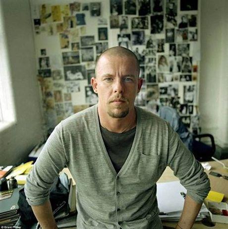 Can Penthouse long lay cua huyen thoai thiet ke Alexander McQueen - Anh 2