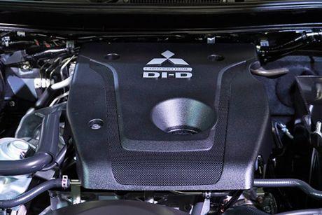 'Soi' Mitsubishi Triton MIVEC gia tu 785 trieu tai Viet Nam - Anh 10