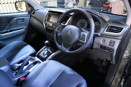 'Soi' Mitsubishi Triton MIVEC gia tu 785 trieu tai Viet Nam - Anh 7