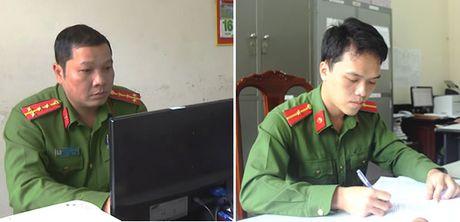 Khen thuong 2 can bo Cong an tra hon 45 trieu dong cho nguoi bo quen - Anh 1