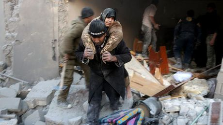 Chinh phu Syria tu choi cac dieu khoan hoa binh ma LHQ dua ra doi voi Aleppo - Anh 1