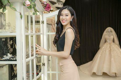Dieu Ngoc thu trang phuc da hoi du thi Miss World 2016 - Anh 1