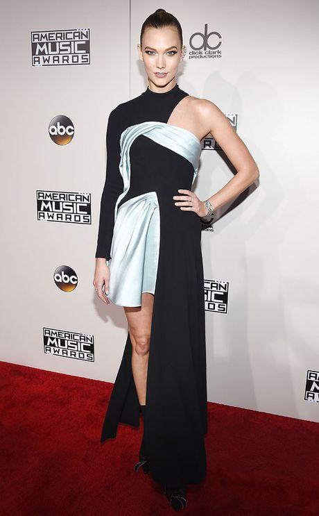 Tham do AMA 2016: Selena Gomez dep long lay trong ngay tro lai - Anh 13
