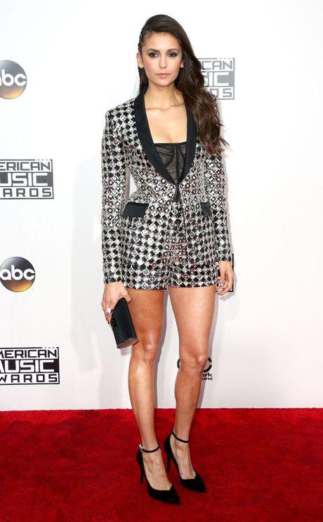 Tham do AMA 2016: Selena Gomez dep long lay trong ngay tro lai - Anh 8