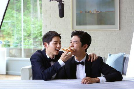 Fan do xo di an Pizza vi Song Joong Ki - Anh 2