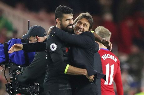 Conte cung soc voi loat 6 tran an tuong cua Chelsea - Anh 2